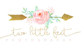 Two Little Feet Photography Logo